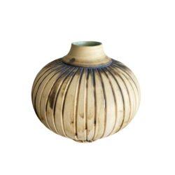 Unika vase i creme, brun og grøn inderside