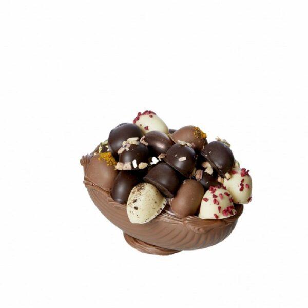 Påskeæg i kvalitetsflødechokolade fyldt med dejlige æg