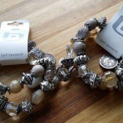Armbaand-forskellige-store-perler