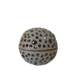 Rund unika keramik lysestage - støvet blå - Produkter, Brugskunst, Lysestager og lanterner, Unika keramik - Pottery Studio
