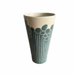 Keramik krus unika med støvet blåt mønster