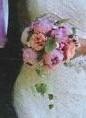Brudebuket med humle og pæoner